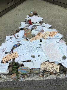 Remembering the victims of Bergen Belsen